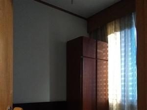 桑园街102号3室 2厅 1卫850元/月