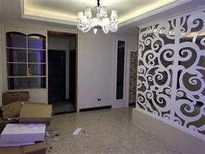别致小区3室 2厅 2卫56.6万元,全新装修