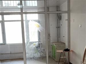 嘉兴园1室 1厅 1卫500元/月