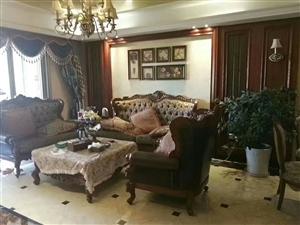 伴山国际豪装修4室 2厅 2卫96.8万元关门卖
