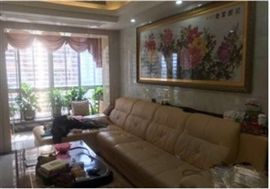 茗仕苑4室 2厅 2卫160万元