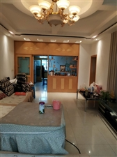 开阳县紫江花园老干区3室 2厅 2卫55.8万元