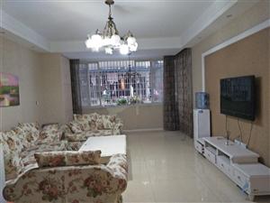新车站世纪雅苑3室 2厅 1卫64.8万元