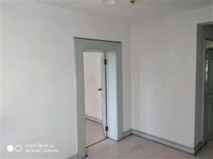 莲花小区3室 2厅 1卫27.5万元