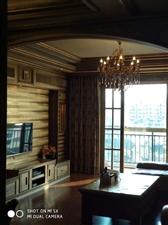 中央豪庭精装房4室 2厅 2卫78万元