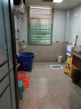 紫江花园3室 2厅 2卫53.8万元