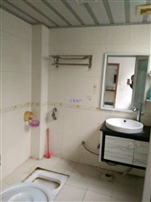龙城 ·亲水湾3室 2厅 2卫1600元/月