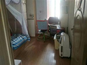 香樟公寓3室 1厅 1卫37万元