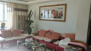 佳苑街区3室 2厅 1卫带阁楼低价出售