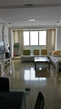 鸿福家园3室 2厅 1卫1400万元