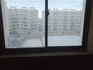 碧水绿洲2室 2厅 1卫93平米4楼毛坯房低价出售