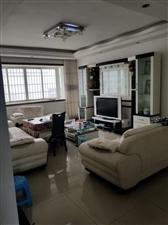 人行家属房4室 2厅 2卫82.8万元