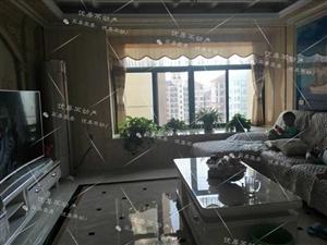 盘龙城3室 2厅 2卫135万元