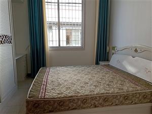 三合公寓精装带20平花园室 2厅 2卫58.8万元