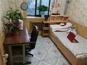 新华南小区2室 2厅 1卫550元/月
