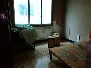 林泉辰龙花园4室 2厅 1卫740元/月