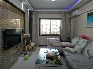 新兴南路 火车站附近富丽苑精2室带双阳台带露台出售
