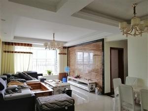 财富天街精装3室 2厅 2卫62.8万元