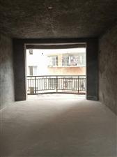 龙腾毛坯房3室 2厅 2卫66.5万元