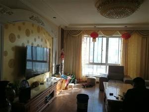 朝晖小区四楼3室 2厅 2卫78万元