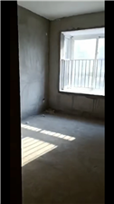滨河小区房东急卖3室 1厅 1卫28万元