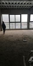 景湖洋房金湖中心4室 2厅 1卫48.8万元