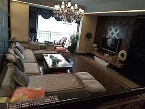 云开国际4室 1厅 2卫80万元