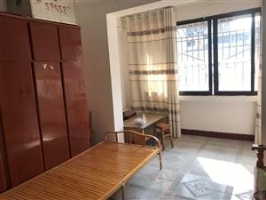 荷花苑2室 2厅 1卫25万元