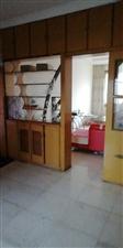 黄金地段,城市中心,紫江花园步梯七楼(2室2厅1厨