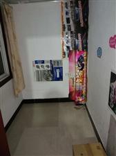 兰竹兴苑1室 1厅 1卫19.8万元