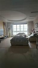 三中小区5室 2厅 2卫62.8万元
