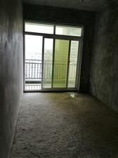 路发枫林绿洲4室 2厅 2卫65.8万元
