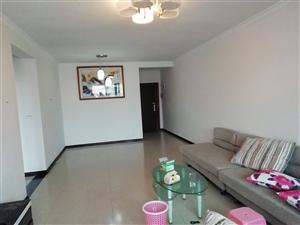 中医院附近二室可改三室中装修关门卖2室 1厅 1卫31.8万元