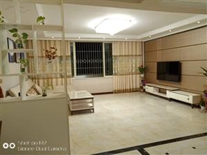 纺织衔3室 2厅 2卫65.8万元