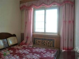 五一街2室 2厅 1卫82平米3楼低价出售