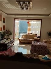 威龙苑4室 3厅 2卫98万元