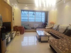 开阳县紫江花园3室 2厅 2卫52.8万元