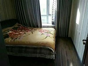 东兴苑附近4室 2厅 2卫82.8万元