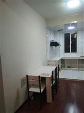 精装电梯房香格里拉2室 2厅 1卫1200元/月