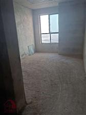 九龙世家3室 2厅 2卫156万元