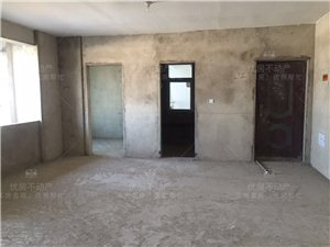 天境广场4室 2厅 2卫113万元