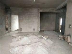 龙翔驾校4室 2厅 2卫40.8万元