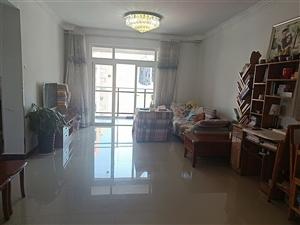 西西里公寓2室 2厅 1卫90平精装房,房屋优质