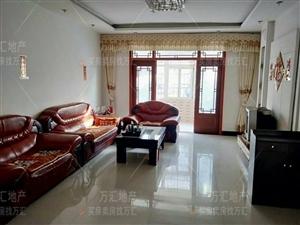 天伦家园3室 2厅 2卫56万元