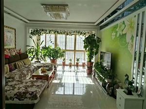 紫轩二期 二楼 126平 三室两厅一卫 66万