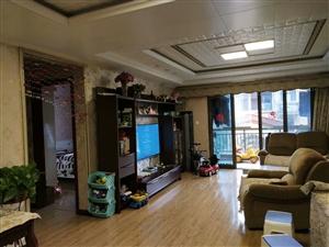 碧桂园3室 2厅 2卫68.8万元