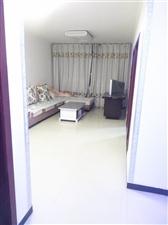 邰南小区80�O2室 1厅 1卫800元/月