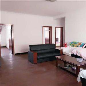 出租家和园126�O3室 2厅 1卫1210元/月