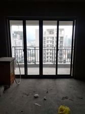 大华绿洲套房出售,104平方,证件齐全,中高楼层,
