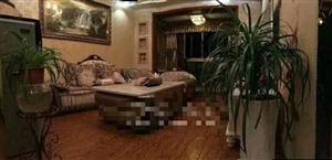 财富中心3室 2厅 2卫60.8万元